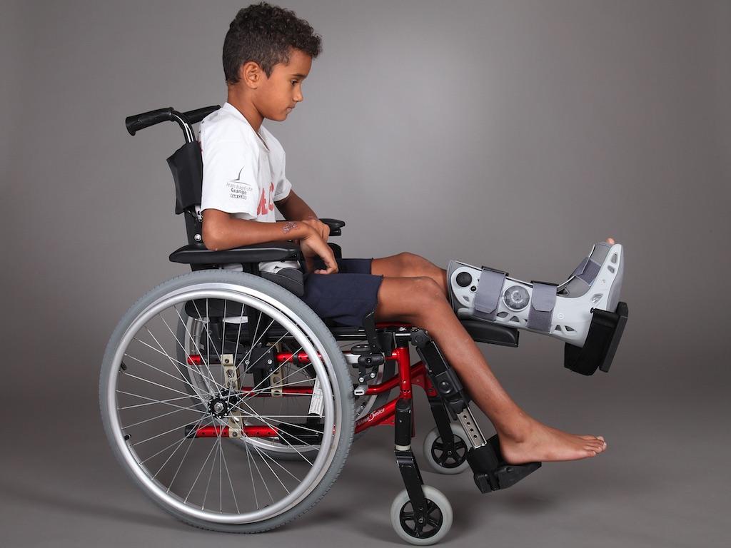 fauteuil-roulant-enfant-grenoble